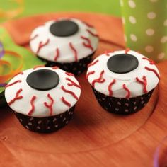 Wilton Icky Eye Ball Cupcakes from @officialacmoore.  These creepy cupcakes are sure to catch everyone's attention at your Halloween party!