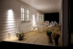 Here we have gathered tips and ideas for lighting solutions for outdoor environments. Outdoor Spaces, Indoor Outdoor, Outdoor Decor, Home Lighting, Outdoor Lighting, Spotlights, Porch Swing, Future House, Patio