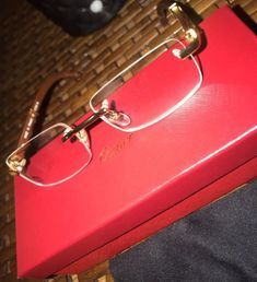 Cartier Glasses Cartier Glasses Men, Cartier Sunglasses, Mens Sunglasses, Rimless Frames, Brunch Outfit, Buy Now, Brooklyn, Jewelry Accessories, Dress Shoes