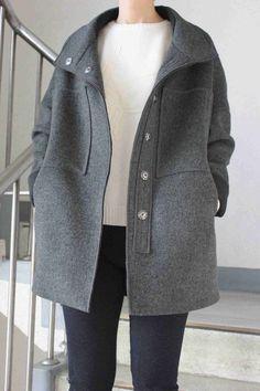 구매후기를 작성해주시면 적립금을 쏩니다! 글만쓰면 500원 사진까지넣으면 1000원! Blazer Fashion, Teen Fashion Outfits, Chic Outfits, Hijab Fashion Inspiration, Style Inspiration, Clothing Patterns, Winter Coat, Winter Fashion, Normcore
