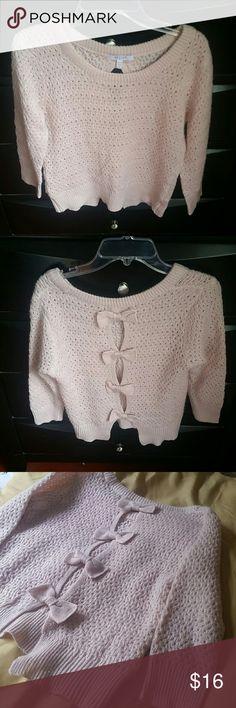 BEAUTIFUL SWEATER BY DELIA'S BEAUTIFUL LIGHT SWEATER SIZE S DELIA'S  Sweaters