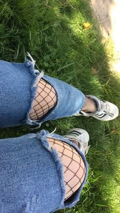 pinterest: autumnek Art Hoe Aesthetic, Night Aesthetic, Girl Pictures, Girl Photos, Snapchat, Tumblr Love, Fake Photo, Girl Photo Poses, Maquillage Halloween