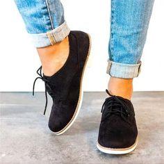 40 Beste Closet  scarpe images on Pinterest in 2018   Flat sandals
