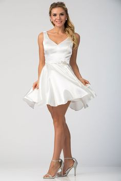 Solid Color, Short Cocktail and Party Dress with Sleeveless Bodice and V-Neck, Satin Waistband featuring Brooch, A-Line Flowing Skirt.
