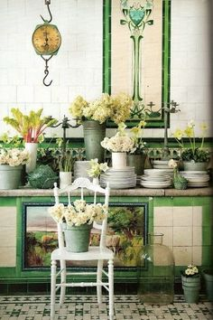Amazing tiles and flowers...