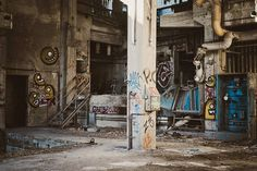 Find images of Graffiti. ✓ Free for commercial use ✓ No attribution required ✓ High quality images. Editing Background, Picsart Background, Background Images, Graffiti Art, Graffiti Spray Paint, Back Wallpaper, Tree Wallpaper, Concrete Posts, White Concrete