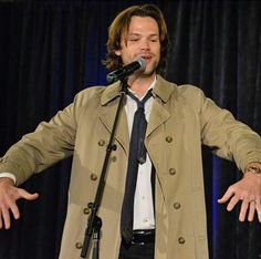 Jared is dressed as Castiel!!