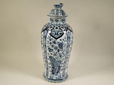 Delfts vase Petrus Regout, P. Regout, ginger vase, Delfts Blauw, Blue and White pottery