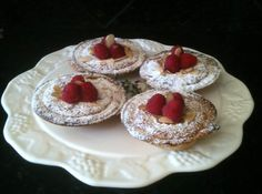 If you enjoy making mini pies in your mini pie maker or muffin tins please join in for fun. Mini Pie Recipes, Cupcake Recipes, How To Make Pie, Food To Make, Breville Pie Maker, Refrigerated Pie Crust, Easy Sweets, Easy Pie, Mini Pies