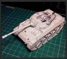 WWII US M18 Hellcat Light Tank Destroyer Free Paper Model Download - http://www.papercraftsquare.com/wwii-us-m18-hellcat-light-tank-destroyer-free-paper-model-download.html