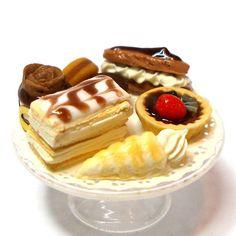 #miniature #food #cakes #sweet