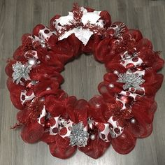 Gift Ideas Home Decor Series Item #HD109 Christmas Wreaths For Front Door, Red Dot Design, Red Dots, Poinsettia, Deco Mesh, Home Decor Items, Burlap Wreath, Gift Ideas, Floral