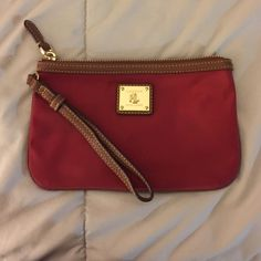 Ralph Lauren wristlet Great condition used 3 times. Ralph Lauren Bags Clutches & Wristlets