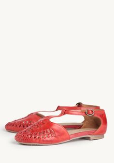 Hyde Street T-strap Flats By Seychelles at #Ruche @shopruche