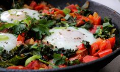 Shakshuka – Baked Eggs in Tomato Stew with Greens (Low-FODMAP, Paleo) recipe IBS food candida diet