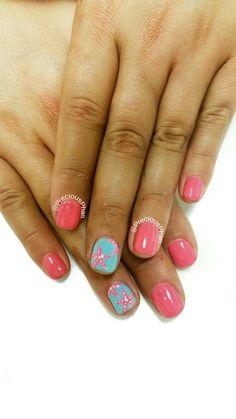 Coral and blue nails. Star fish nails. Cancun nails. #PreciousPhanNails