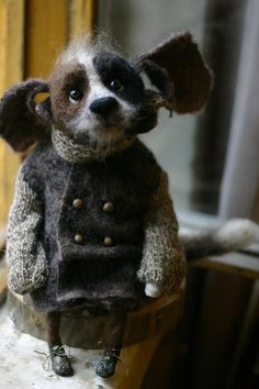Katerina Kozunenko, dolls and toys Needle Felted Animals, Felt Animals, Needle Felting, Felt Dogs, Textile Fiber Art, Cute Little Things, Felt Art, Handmade Toys, Felt Crafts