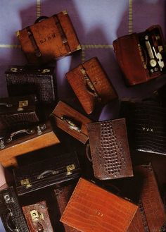 I love all things brown, and luggage. pretty