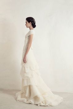 Wedding Dress Ideas, Designers & Inspiration : Mil Top with Angel Skirt from Cortana wedding dresses Bridal Collection – Double layered silk georgette multistyle top and layered cotton tu… Wedding Dress Necklines, Wedding Dress Chiffon, Stunning Wedding Dresses, Luxury Wedding Dress, Wedding Dress Styles, Designer Wedding Dresses, Bridal Dresses, Gown Wedding, Lace Wedding