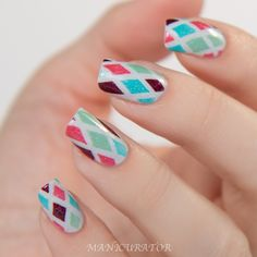 Picture Polish Honeymoon, Paris, Cyan, Moscow and Lakodom Nail Art plus That Remover and Those Wipes Review