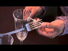 Balancing Fork,experiment that demonstrates Center of Gravity for kids of all ages. Fun Experiments For Kids, Science Fun, Teaching Science, Science For Kids, Steam Activities, Preschool Activities, Gravity Experiments, Second Grade Science, Interest Groups