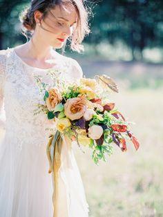 Lace long sleeve wedding dress and fall bouquet for Fall wedding inspiration | fabmood.com #wedding #fallwedding #autumn #autumnwedding #weddingdress #lace #laceweddingdress