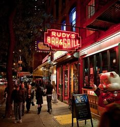 Rudy's Bar & Grill – Hell's Kitchen, NY | 12 Dives You Must Visit Before You Die