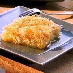 Πολίτικο κιουνεφέ Low Calorie Cake, Greek Sweets, Greek Recipes, Cornbread, Macaroni And Cheese, Sweet Tooth, Deserts, Ice Cream, Favorite Recipes