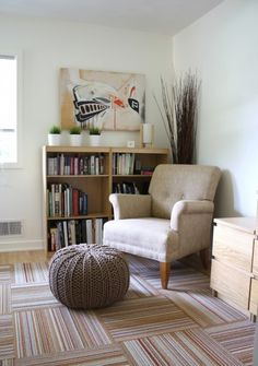 I think you're going to enjoy this home tour! Homeowners Pete and Donna had a great vision for their split-level, and the modern renovation paid off. Ikea Malm Nightstand, House Tours, Bookcase, Shelves, Throw Pillows, Bed, Modern, Space, Design