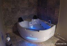 Montefiascone, Palazzo Frigo Palazzo, Bathtub, Bathroom, Rome, Standing Bath, Washroom, Bathtubs, Bath Tube, Full Bath