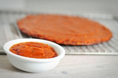 Gezonde pizzasaus maken van tomaten uit blik is simpel en heel erg gezond. Deze gezonde pizzasaus bevat veel lycopeen door de pomodori tomaten uit blik