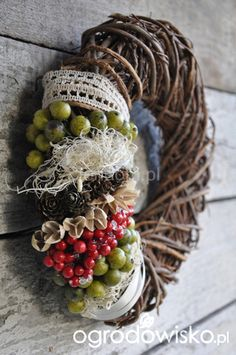 Znalezione obrazy dla zapytania z czego zrobić wianek Grapevine Wreath, Grape Vines, Wreaths, Home Decor, Decoration Home, Door Wreaths, Room Decor, Vineyard Vines, Deco Mesh Wreaths