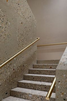 Brass and terrazzo staircase by Casper Mueller Kneer Architects.c… for more – staircase Architecture Details, Interior Architecture, Interior And Exterior, Interior Design, Interior Paint, Terrazzo, Interior Staircase, Staircase Design, Staircase Ideas