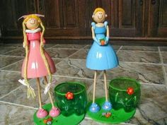 plastic bottle dolls - This is something new! Cool idea on how to upcycle plastic bottles! Reuse Plastic Bottles, Plastic Bottle Crafts, Recycled Bottles, Recycled Crafts, Easy Crafts, Diy And Crafts, Crafts For Kids, Diy Projects To Try, Craft Projects
