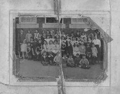Original damaged school group picture 1920