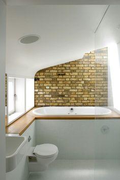 20 Dashingly Contemporary Bathroom Designs with Exposed Brick Walls White Brick Walls, Exposed Brick Walls, Contemporary Bathroom Designs, Bathroom Tile Designs, Bathroom Colours, Brick Bathroom, Small Bathroom, Loft Bathroom, Bathroom Stuff