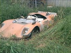 Take a look at these abandoned classic cars... #AbandonedClassicCars #ClassicCars