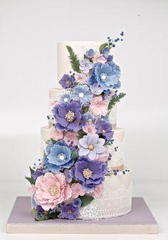 Round Wedding Cakes - 4 tiers pastel tones fantasy flowers wedding cake