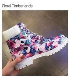 Floral Timberlands fashion spring style timberlands spring fashion fashion ideas fashion and style fashion for women spring fashion for women style ideas floral timberlands Nike Shoes, Shoes Sneakers, Shoes Heels, Sneakers Fashion, Fashion Shoes, Swag Fashion, Dope Fashion, Fashion Pants, Style Fashion