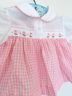 Vintage baby girls clothes, Easter outfit white and pink gingham dress shirt, embroidered flowers - Products - Baby Outfits, Baby Girl Party Dresses, Little Girl Dresses, Toddler Outfits, Kids Outfits, Frock Design, Baby Girl Shirts, Baby Girls, Girl Toddler