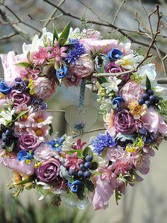 Clarah / Celoročný veniec Floral Wreath, Wreaths, Home Decor, Floral Crown, Decoration Home, Door Wreaths, Room Decor, Deco Mesh Wreaths, Home Interior Design