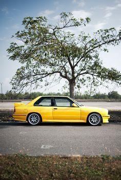BMW E30 M3 yellow