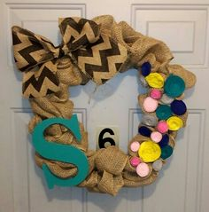 Love the felt flowers and chevron! Burlap wreaths are my favorite this time of year