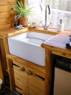 Handmade Matt: Kitchen and Bathroom Wagon for a yurt