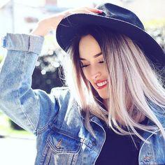 Fotos Goals, Your Photos, Diva, Actors, Queen, Womens Fashion, Instagram Posts, Hair, Pictures