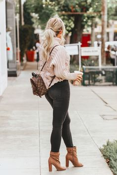 simple winter outfits to make getting dressed easy style inspiration winter 22 ~ my. Simple Winter Outfits, Cute Fall Outfits, Casual Outfits, Fashion Outfits, Womens Fashion, Fashion 2018, Fashion Ideas, Autumn Look, Autumn Winter Fashion