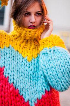 New Knitting Patterns Sweaters Oversized Knitwear Ideas Chunky Knitting Patterns, Hand Knitting, Extreme Knitting, Big Knits, Thick Sweaters, Knitwear Fashion, Chunky Yarn, Knit Cardigan, Mohair Sweater