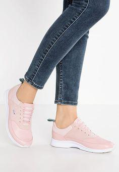 Lacoste JOGGEUR - Sneaker low - pink - Zalando.de