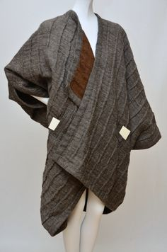 Vintage and Designer Jackets - For Sale at Fashion Details, Love Fashion, Fashion Design, Fashion Vintage, Cheap Fashion, Fashion Women, Japanese Outfits, Japanese Fashion, Issey Miyake