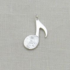Personalized Silver Fingerprint and Handwriting Music Note Pendant Unique Gifts For Men, Gifts For Women, Unique Necklaces, Unique Jewelry, Jewelry Ideas, Fine Jewelry, Jewellery, Fingerprint Jewelry, Memorial Jewelry